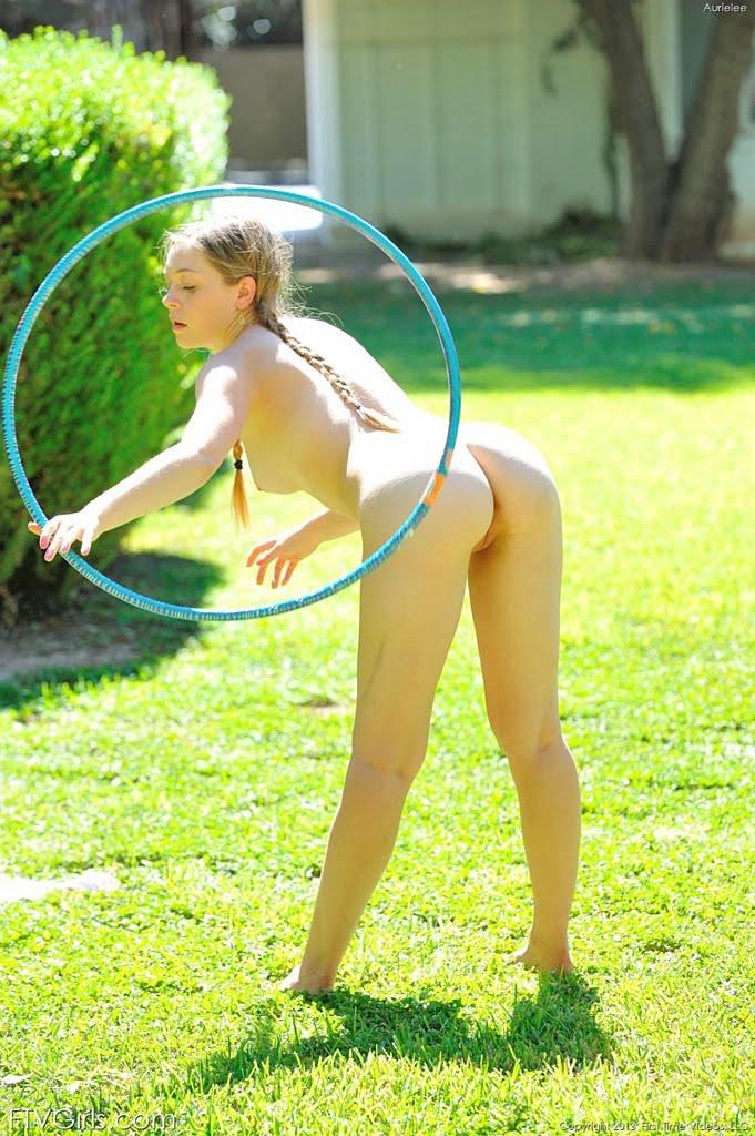 nude hulahoop
